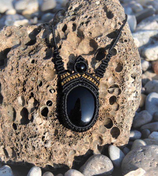 Modèle Bram onyx noir collier bijoux micromacrame mixte homme femme noellia chami