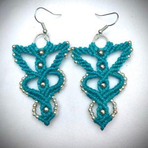 Aquakunda boucles d'oreilles turquoise micromacramé