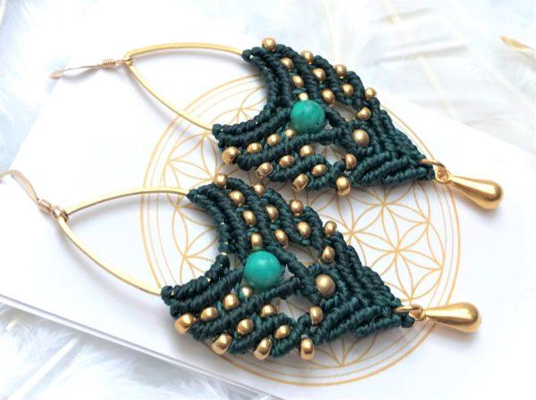 Boucles d'oreilles vertes sapin et dorées micro-macamé micro macramé turquoise